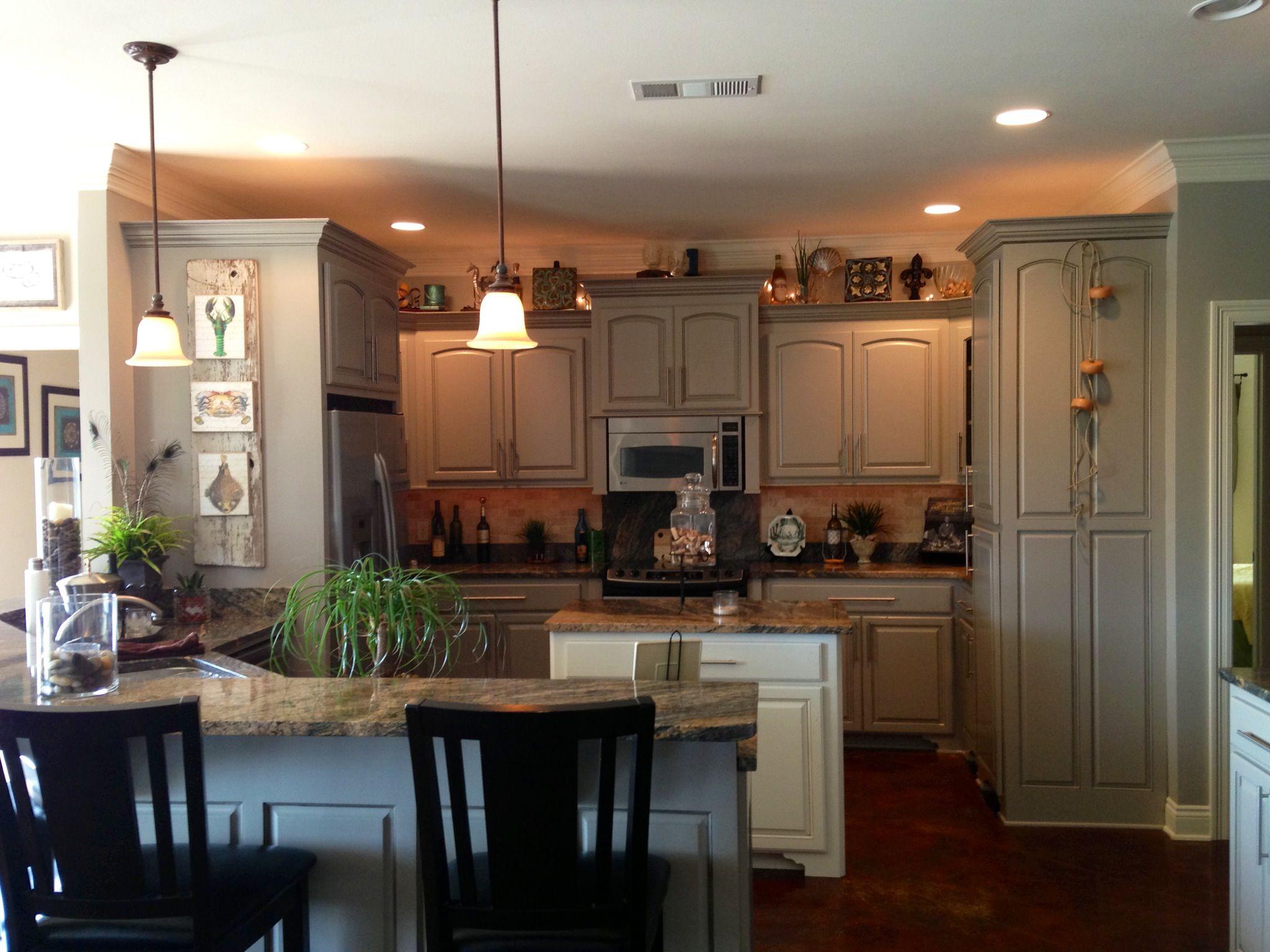 Greige kitchen..a warm gray. | Greige kitchen, Kitchen ...