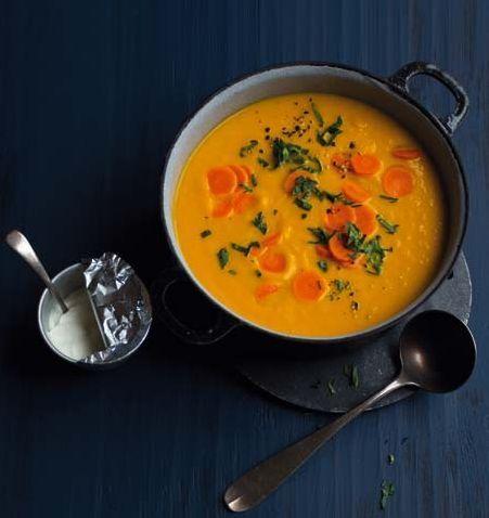 Medově mrkvová polévka