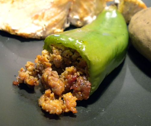 Pin By Elaine West On South Of The Border Stuffed Peppers Stuffed Anaheim Peppers Peppers Recipes