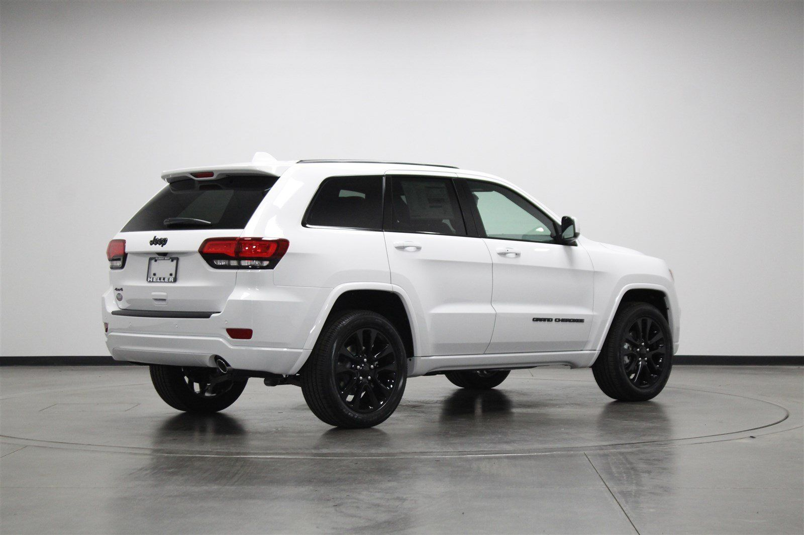 2019 Jeep Grand Cherokee Altitude 4x4 White White Jeep White