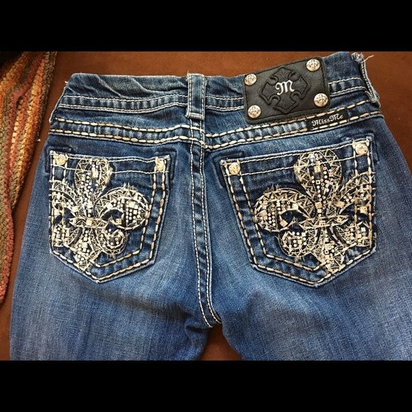 Miss Me jeans 2 for $50 Gently worn miss me jeans. Great condition and design! Buy both size 25 for 50! Miss Me Jeans
