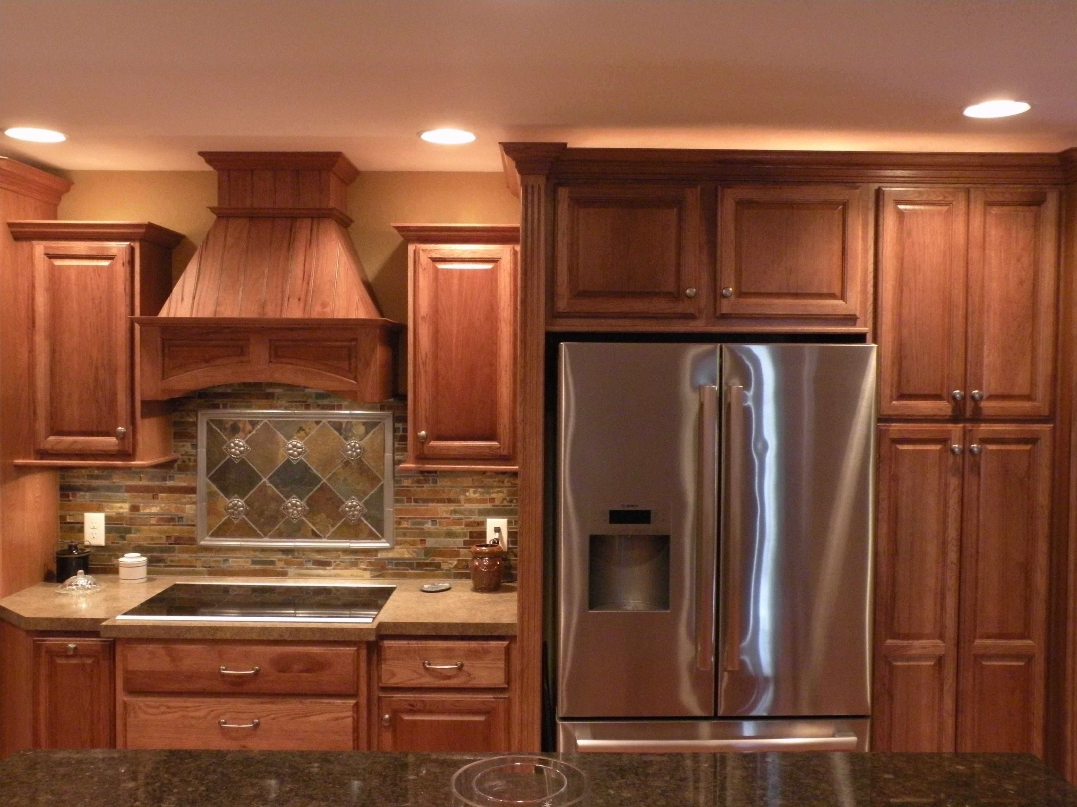 Furniture Make A Wonderful Kitchen By Using Kraftmaid From Kitchen Craft Cabinets Reviews Kitchen Craft Cabinets Kitchen Crafts Kitchen