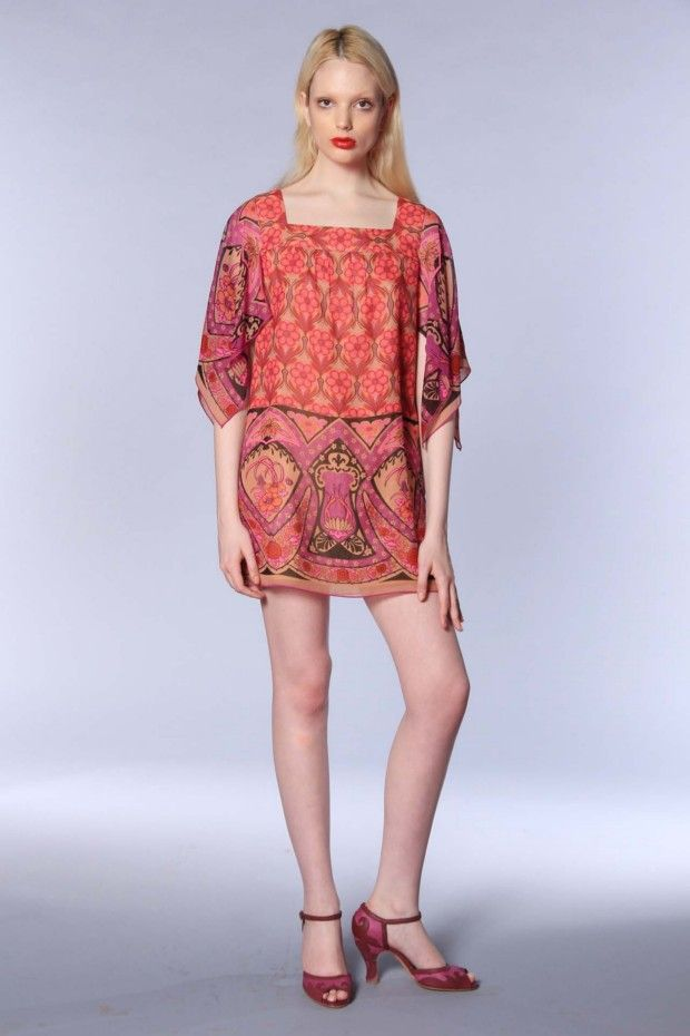 Anna Sui - Ready-to-Wear Resort 2013.  Photographer: Go Runway