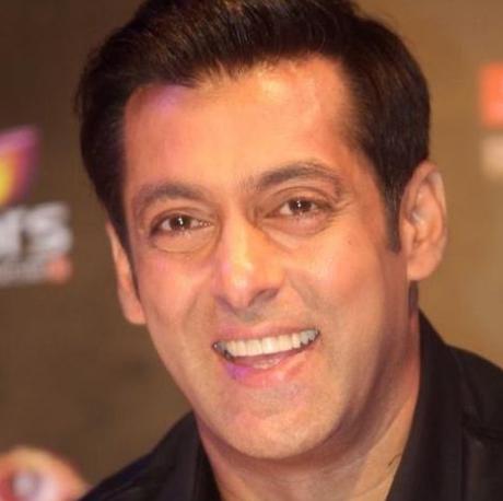 Salman Khan Height, Weight, Age, Biography, Wiki, Family