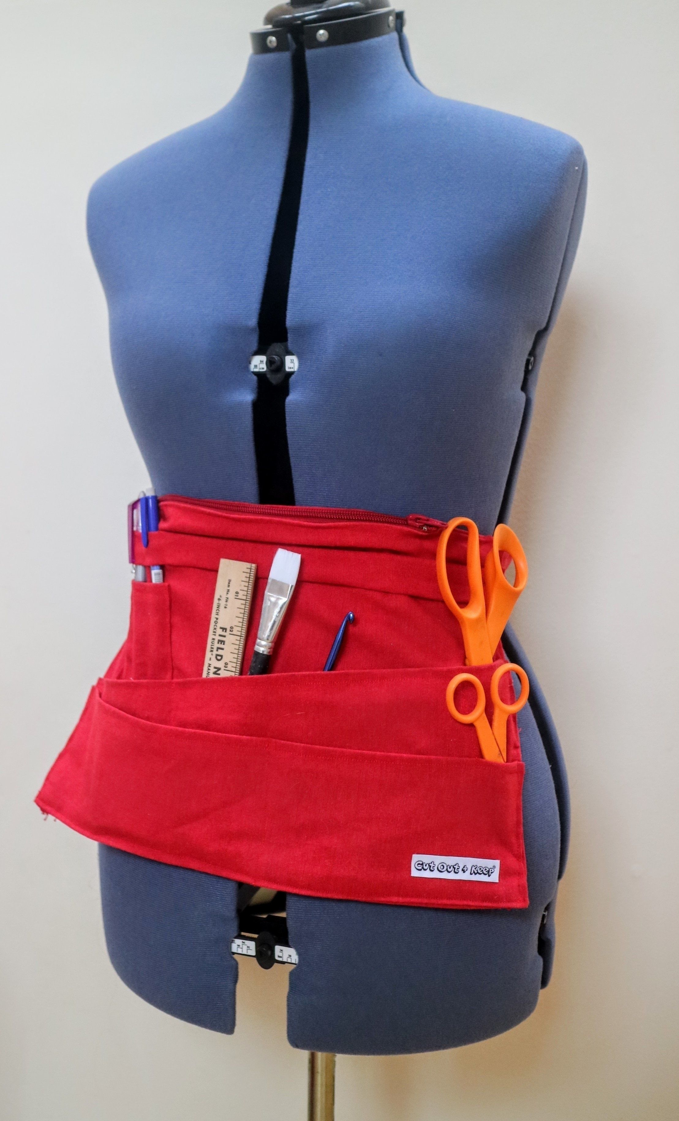 Crafty Toolbelt  •  Free tutorial with pictures on how to make a toolbelt in under 180 minutes