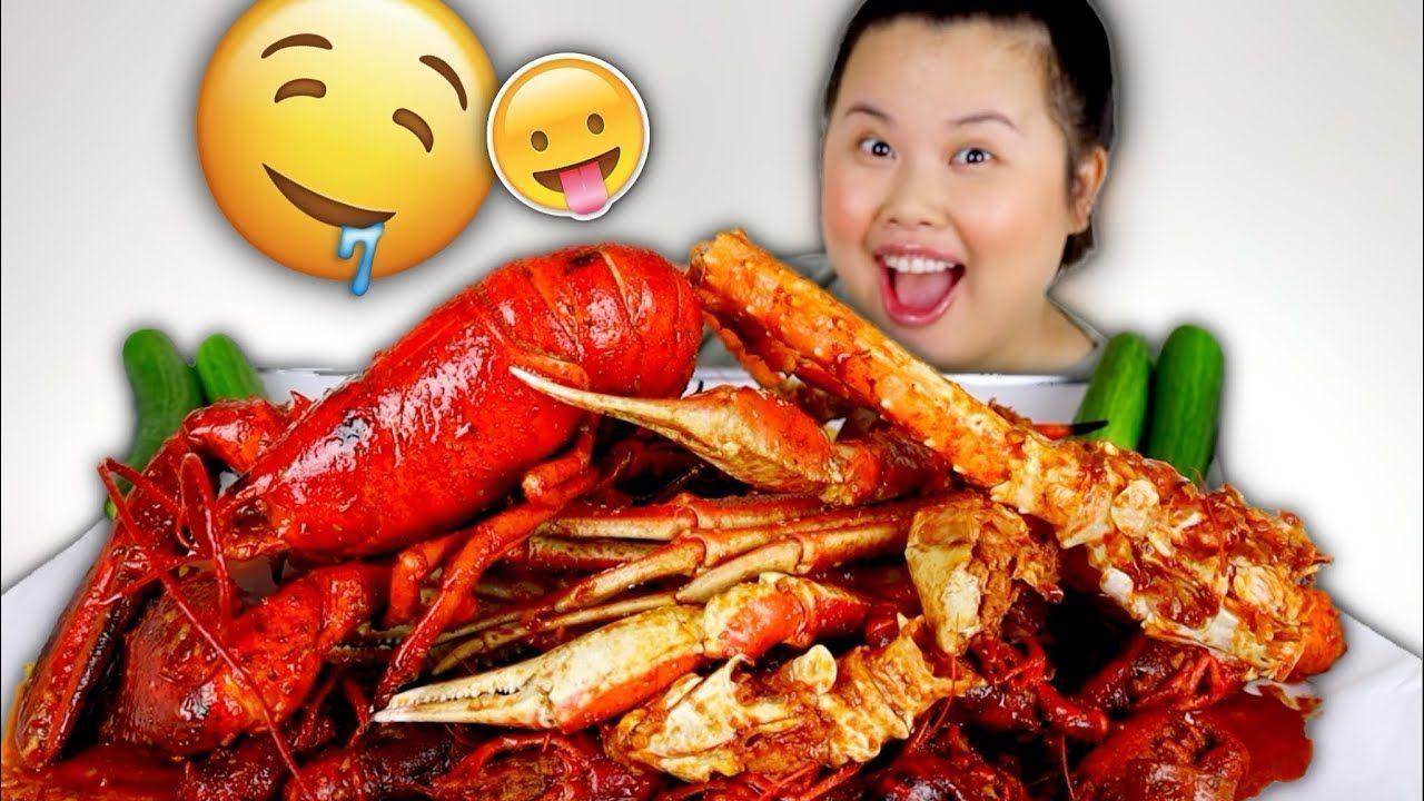 KING CRAB LEGS + WHOLE ENTIRE LOBSTER + CRAWFISH SEAFOOD BOIL MUKBANG 먹방... ...  #BOIL #Crab #crawfish #Entire #King #Legs #Lobster #Mukbang #SEAFOOD #먹방
