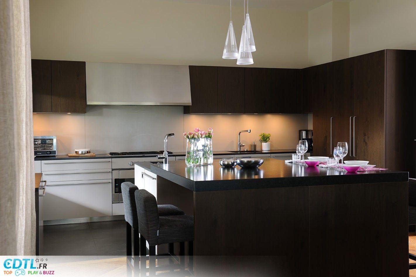 Amazing les plus belles cuisines modernes with les plus belles cuisines modernes for Belles cuisines modernes