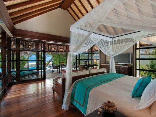 holz einrichtung schlafzimmer gro fenster design himmelbett - Masterschlafzimmerdesignplne