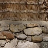 How To Tuck Point A Stone Foundation Ehow Foundation Repair House On The Rock Old Stone Houses
