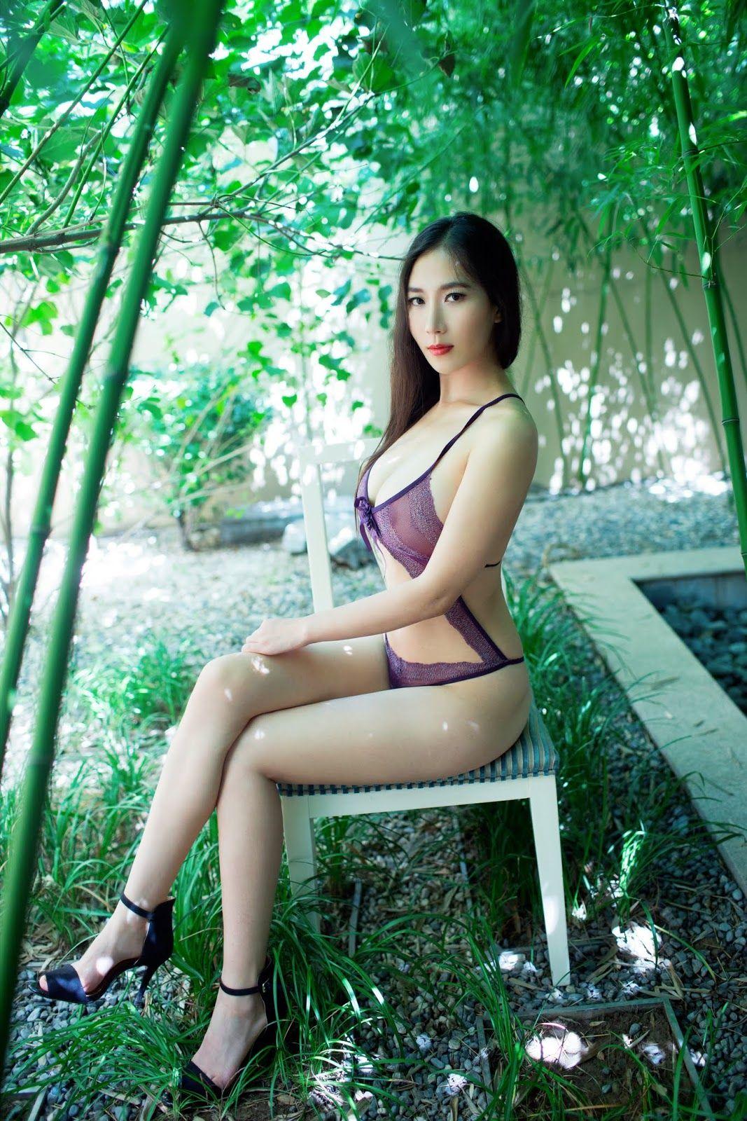 ucgalleries Asian girl