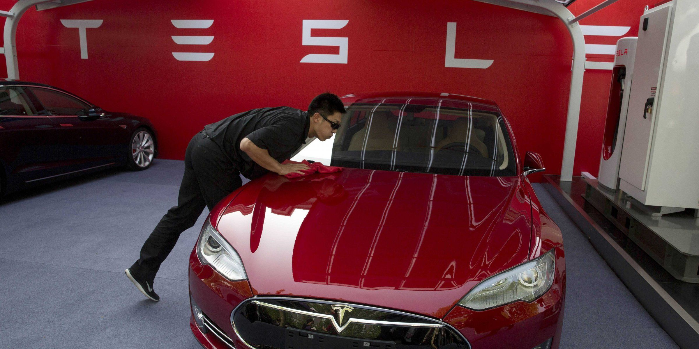 tesla is reportedly planing to build a plant in china that produces rh pinterest com