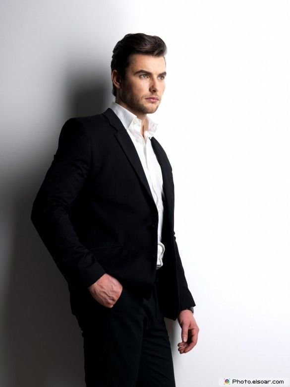 25a80f4b3f Fashion young man in black suit | Smokin' Hot, Super Sexy Guys ...