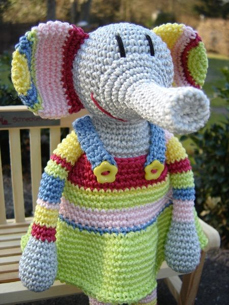 Little crochet Elephant - cute | Elephants for Momma! | Pinterest ...