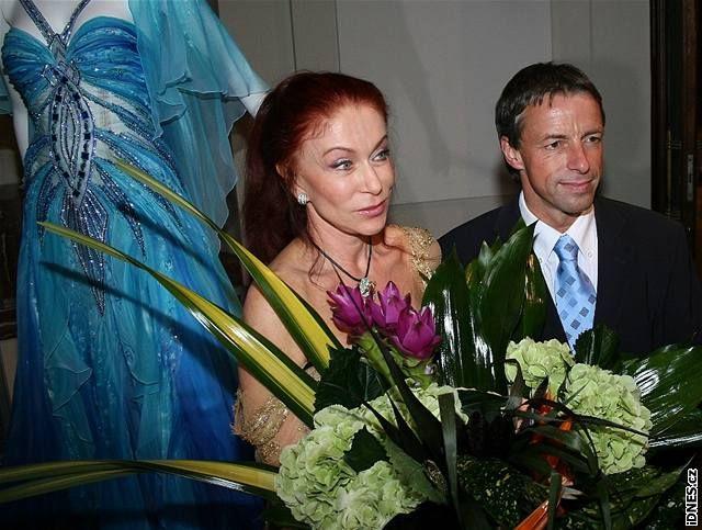 Pavel Bém a Blanka Matragi při zahájení výstavy