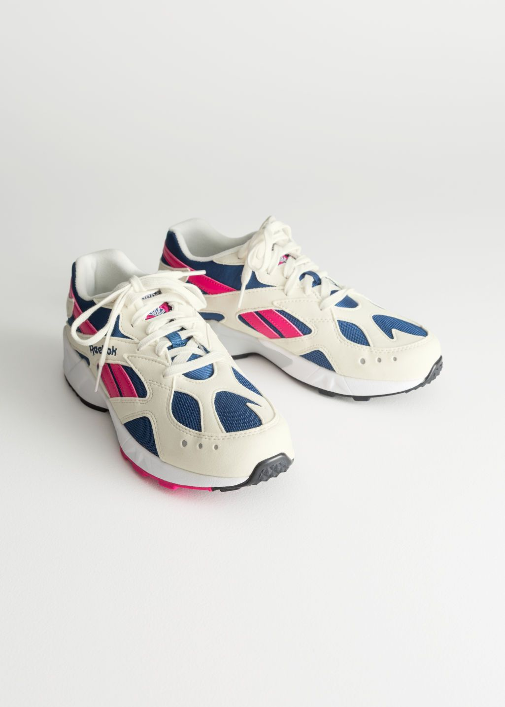 cheap for discount f689c 9252d Back image of Stories reebok aztrek in white