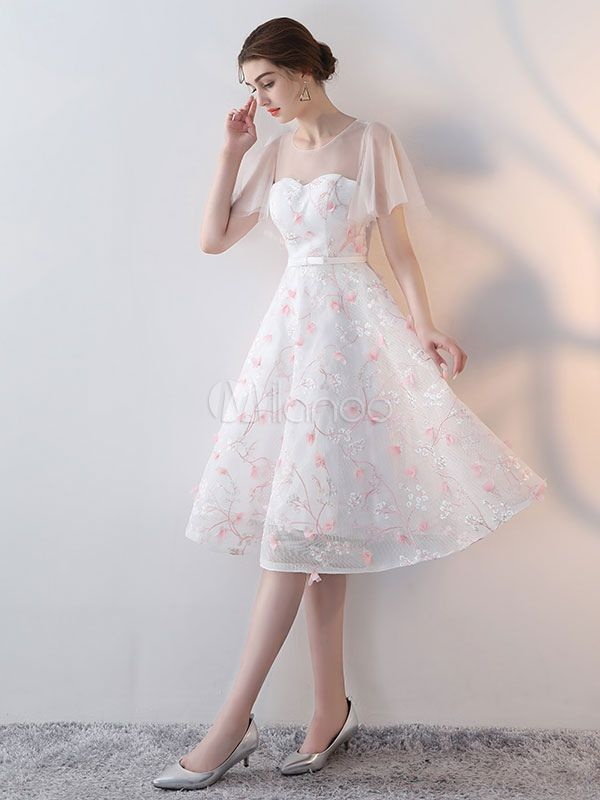 White Cocktail Dresses Lace Flowers Applique Butterfly Sleeve Bow Sash Short Homecoming Dresses #cocktails