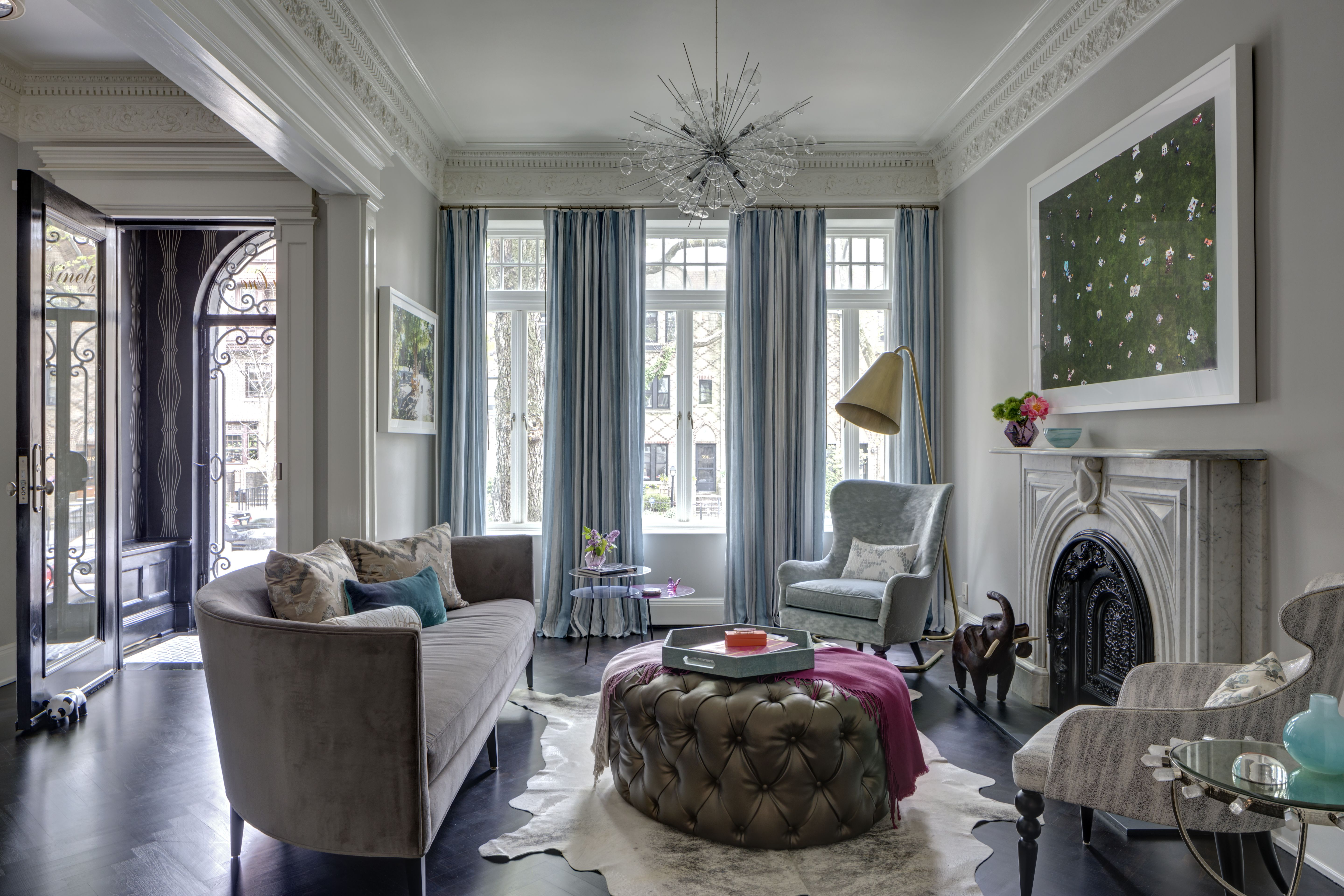 Tour A Brooklyn Townhouse That S Definitely Not Afraid Of Color