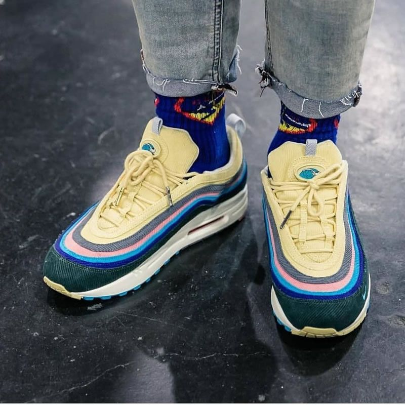 Sean Weatherspoon Air Max 97 Shoes On Feet