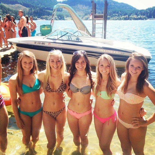 Oregon cheerleaders bikini