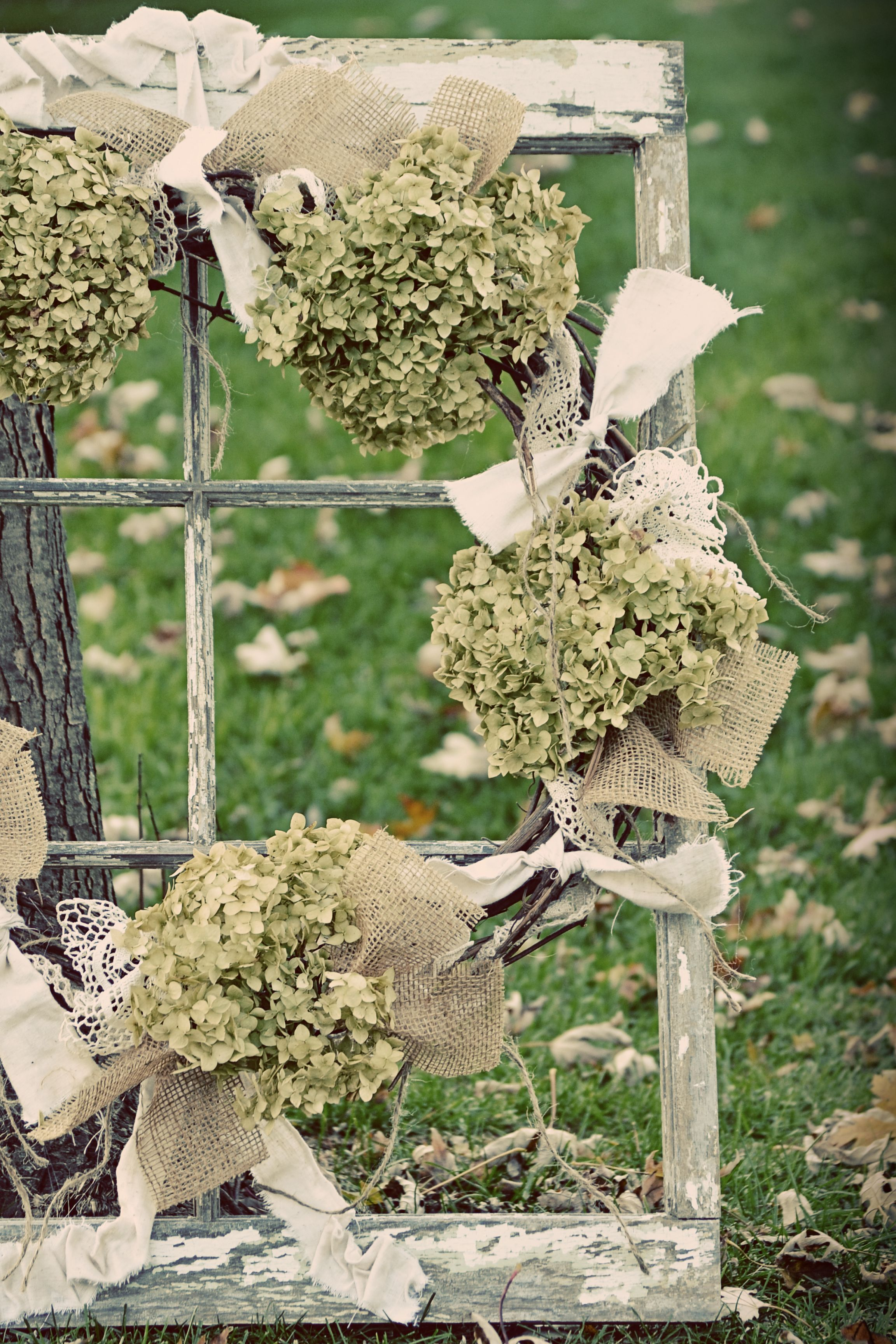 Old Window...with hydrangeas, burlap and lace. | Craft ...