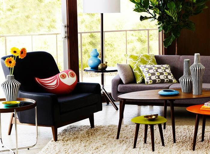 Brown couch with green pillows and brown coffee table looks stunning - Brown Couch Living Room