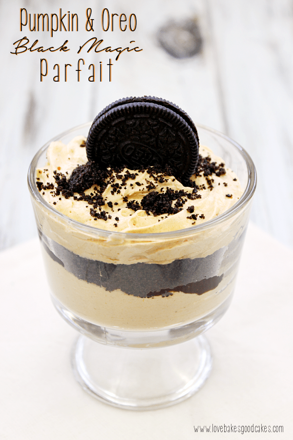 Mini Pumpkin Trifle Desserts aka Pumpkin & Oreo Black Magic Parfait
