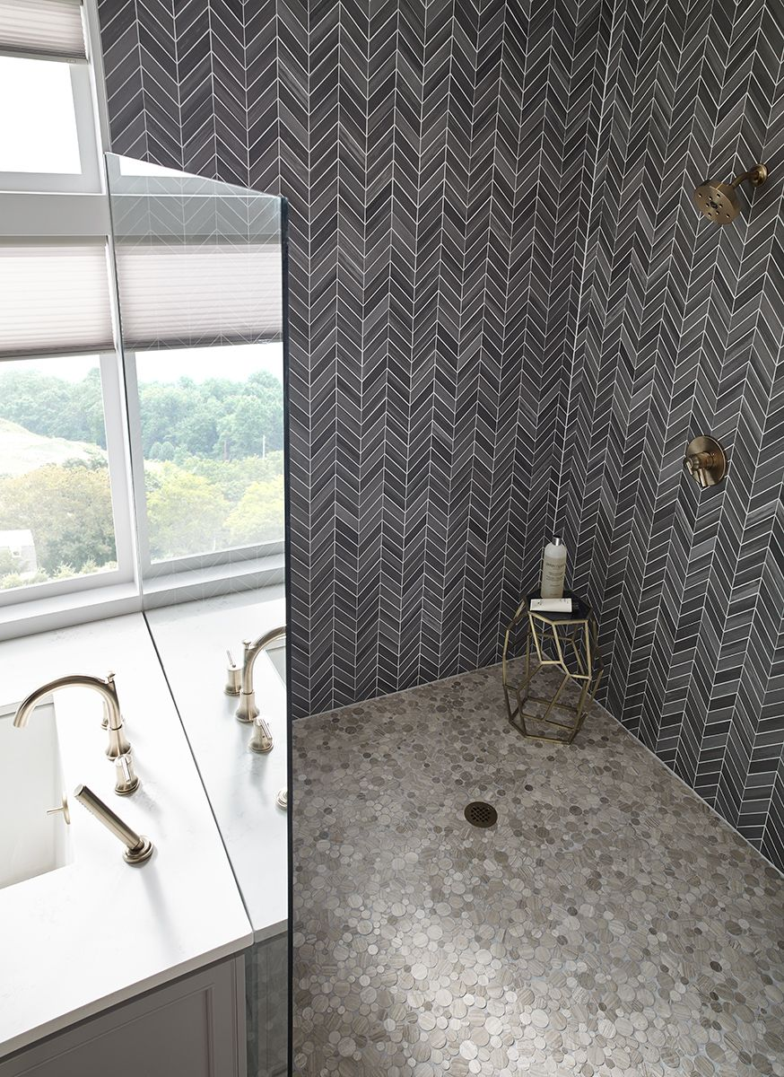 Serenity Stone Pebble Marble Backsplash Tile Is Offered In Mesh Backed For Easy Installation Create A Sp Bath Remodel Bathroom Design Natural Stone Tile Floor