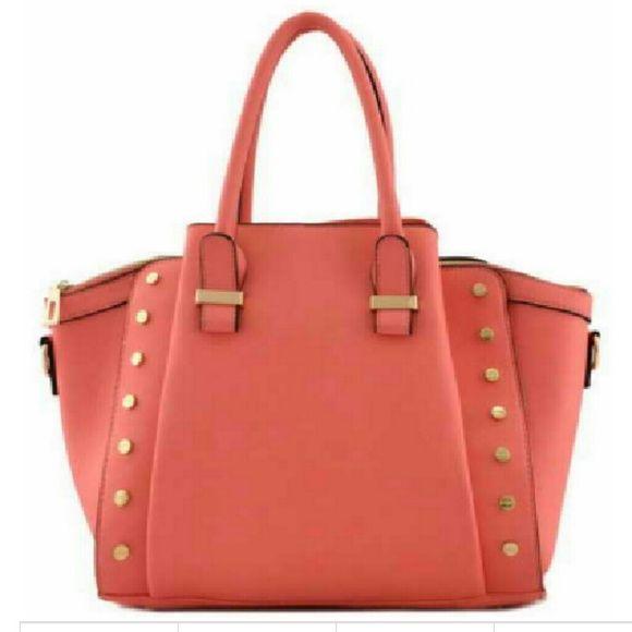 00b14794a5c Designer Look Handbag Zipper top closure. Textured faux leather. Front   rear magnetic pocket