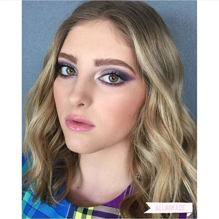 #Makeup by Allan Avendano | Willow Shields at Comic Con for The Hunger Games: Mockingjay Part 2 Panel  #allanface #WillowShields #TheHungerGames #Mockingjaypart2 #ComicCon