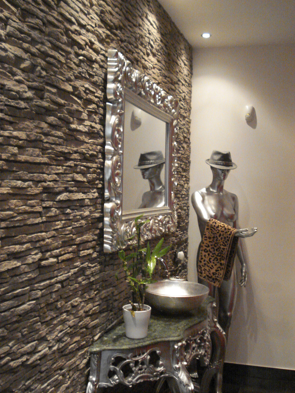 Parete bagno in rivestimento pietra ricostruita petra grigiofumo by primiceri bathroom - Rivestimento bagno in pietra ...