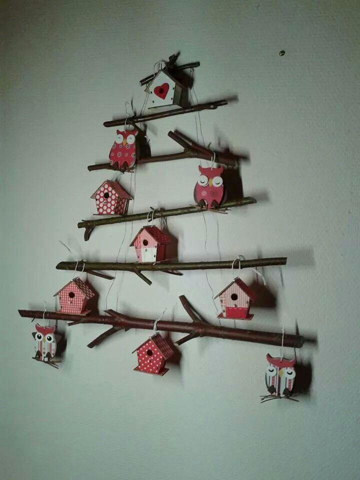 Kerstboom Van Takken Met Vogelhuisjes En Uiltjes Kerst Decoraties