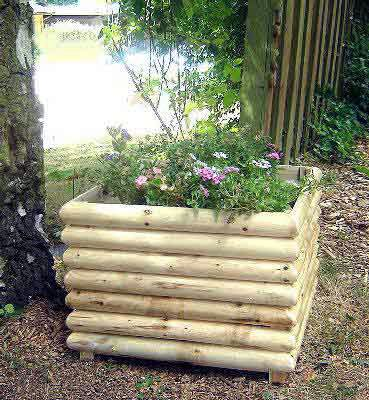 Log Planter From Master Garden Products, White Cedar Wood, Beautiful Rustic  Frontier Style,
