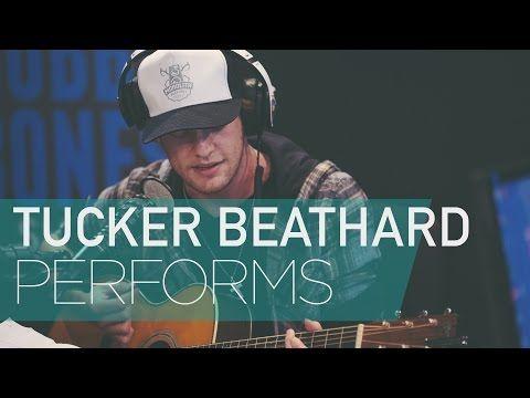 Tucker Beathard Showing his Guitar Picking Skills - YouTube