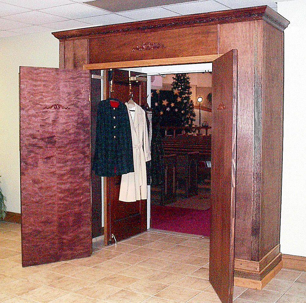 wardrobe to secret room house ideas secret rooms cool secret rh pinterest com