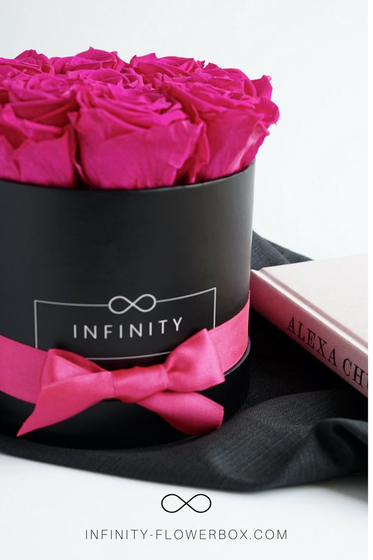 unsere infinity flowerbox ist das perfekte geschenk mit rosen die jahrelang halten schaffst. Black Bedroom Furniture Sets. Home Design Ideas