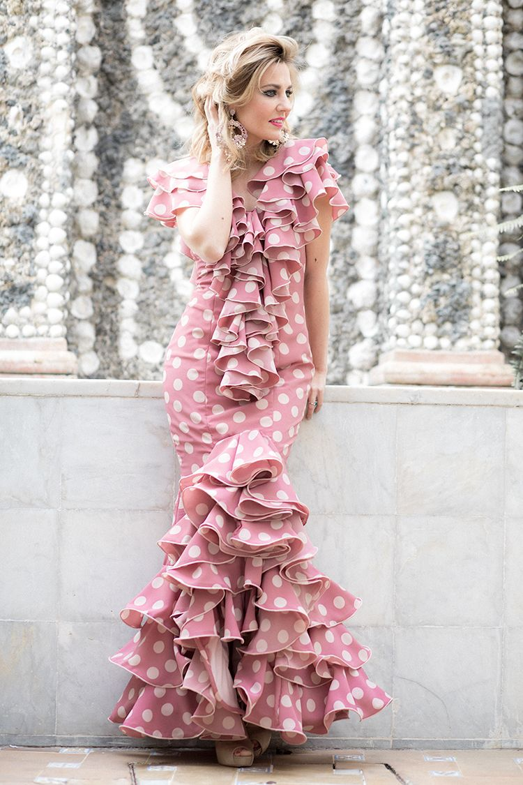 FERIA DE ABRIL 2017 | traje de flamenca | Pinterest | Flamenco ...
