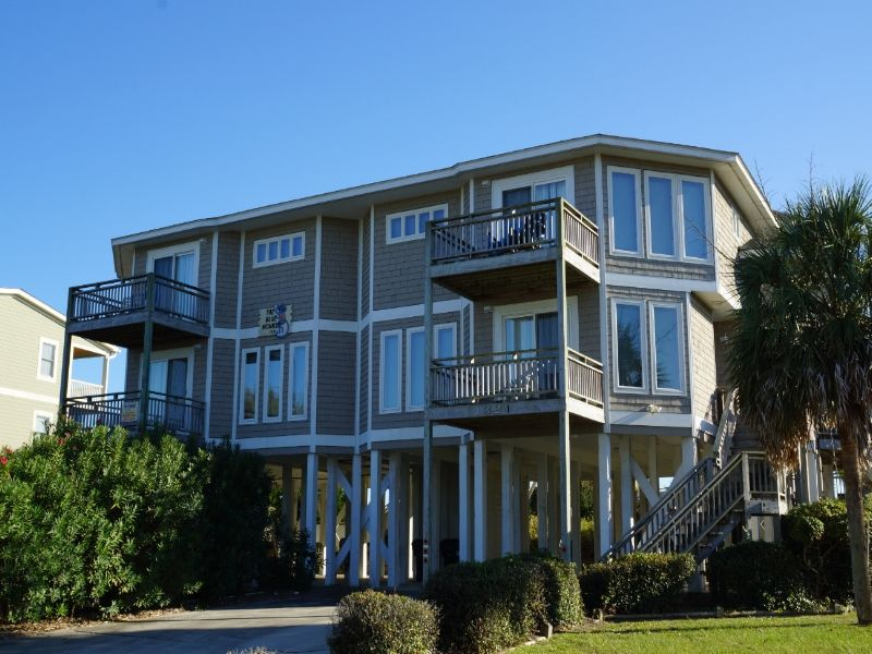 holden beach nc the blue monkey 1321 a 8 bedroom oceanfront rh pinterest com