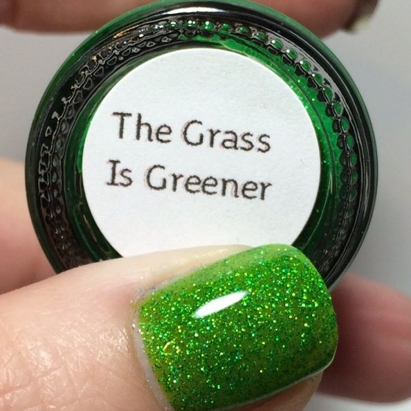Smitten Polish - The Grass is Greener | Mina holos/flakies/balla ...