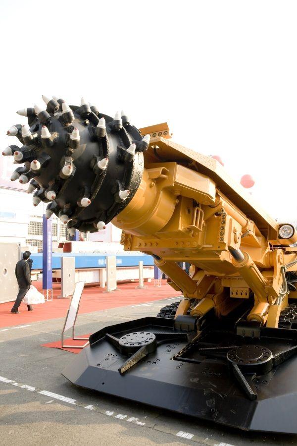 Global Industrial Mine Drilling Machines Market 2020 Industry Outlook –  Caterpillar, Sandvik, Atlas Copco, Liebherr – Red & Black Student Newspaper