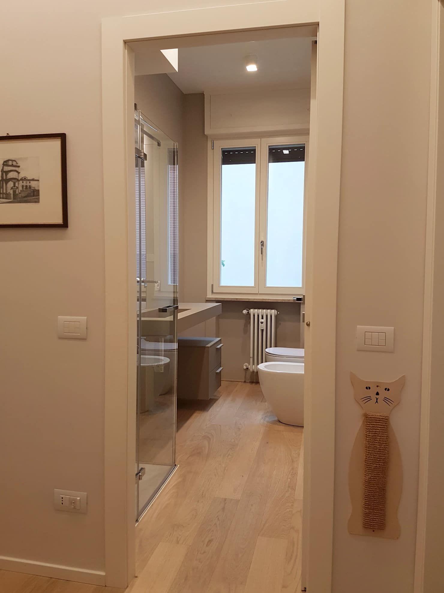 Casa ellec bagno in stile di sumisura nel 2019 cucine for Ville stile moderno