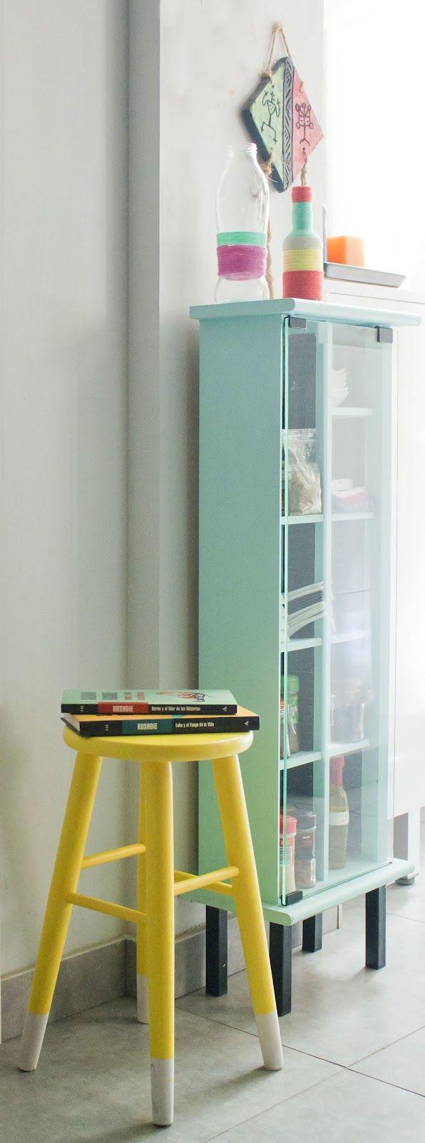 Hay un trasto en mi trastero banquito amarillo y gris for Muebles de cocina amarillos
