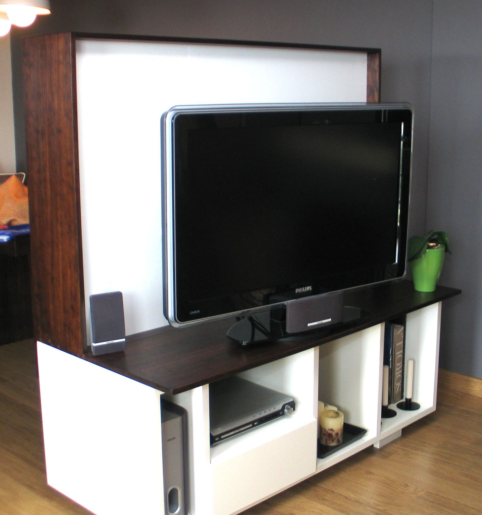 Mueble tv separador de ambientes para ambilight de philips for Mueble separador de ambiente
