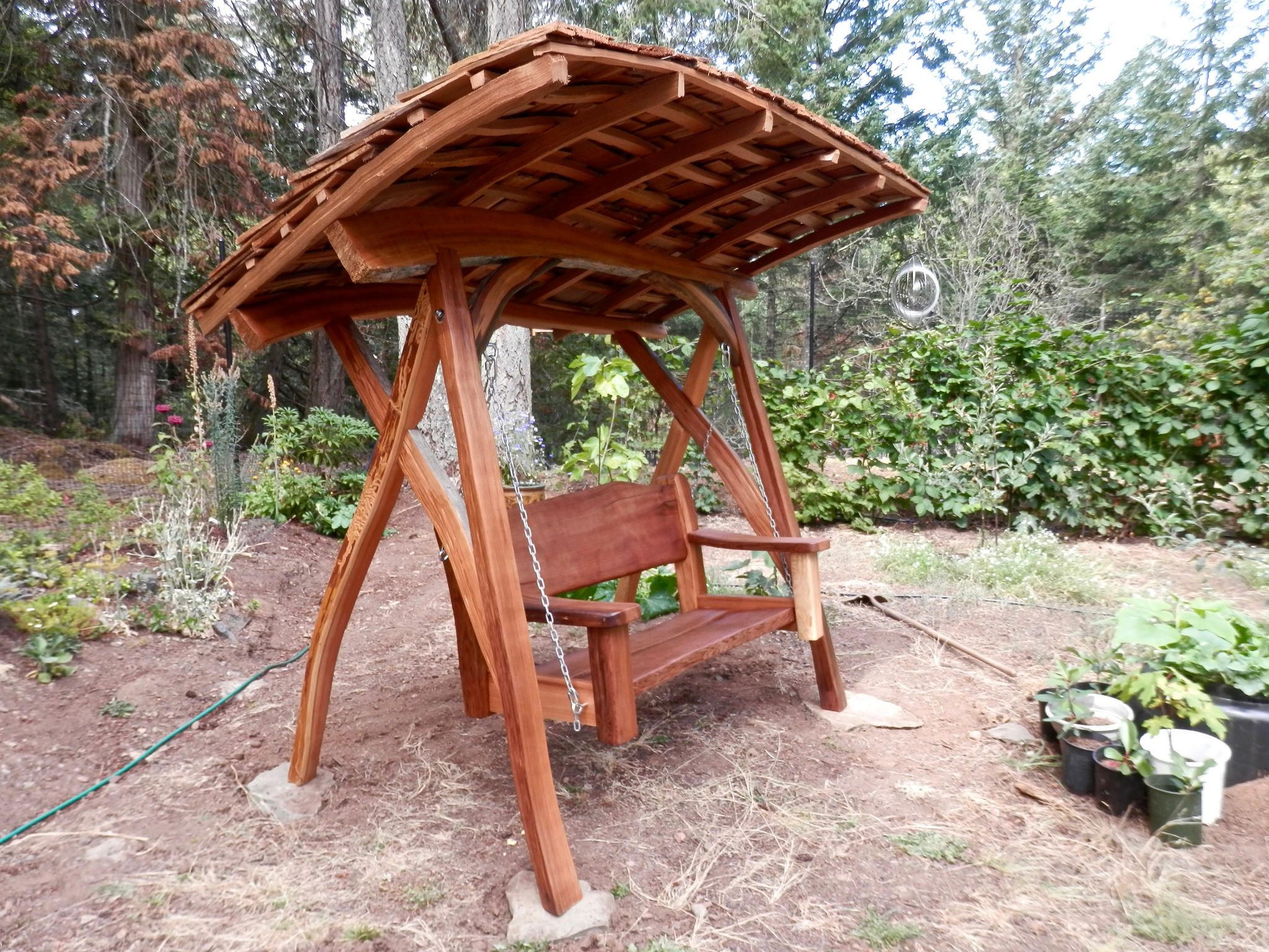 cedar-outdoor-swinging-gate
