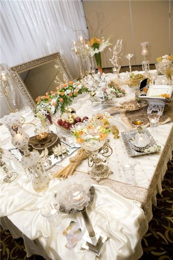 Sofreh aghd mahnaz as featured on party bravo sofreh aghd for Persian wedding ceremony table