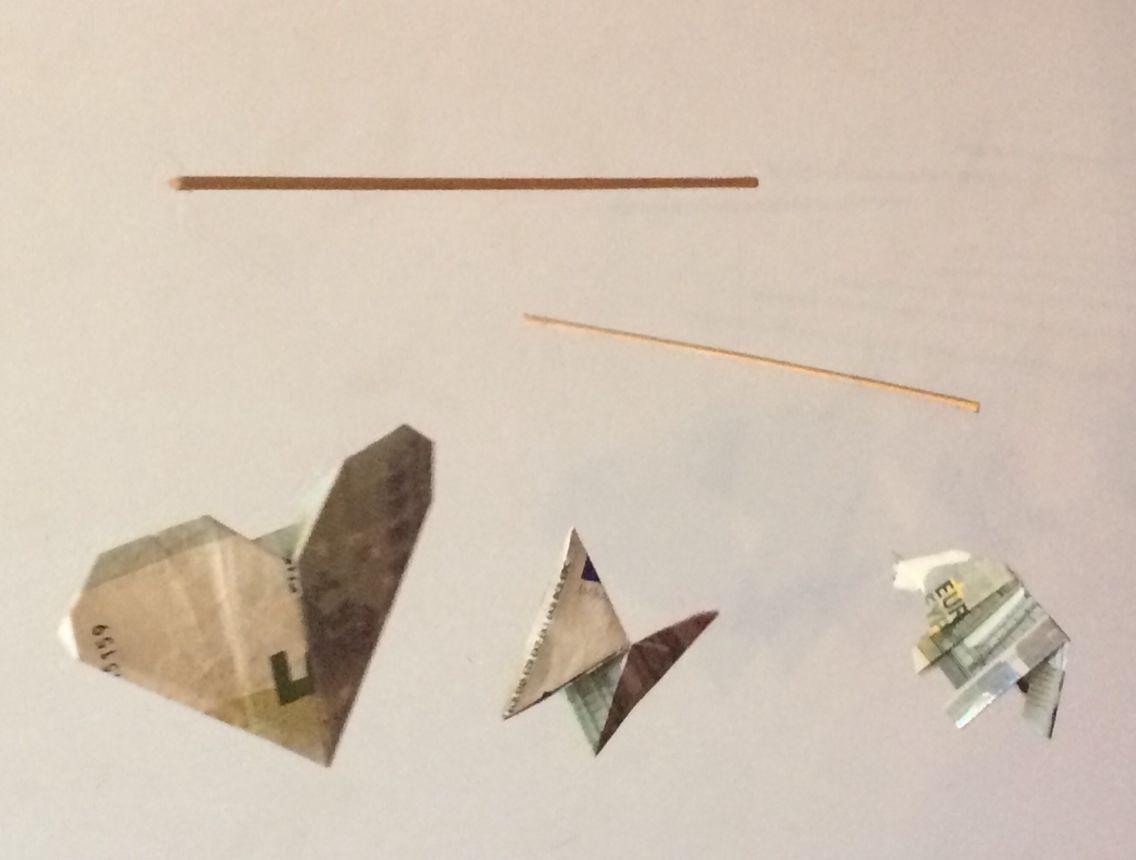 Geld als cadeau om te sparen voor een mobiel. Euro origami ... - photo#41
