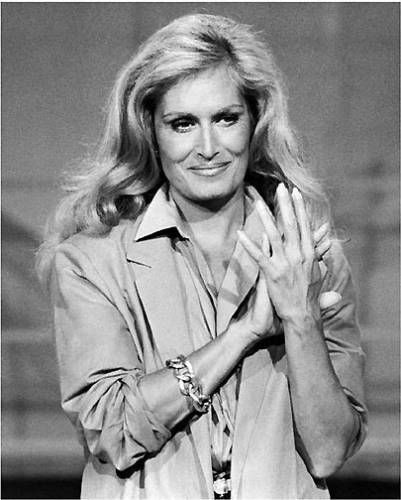 Dalida Tv Show A Tout Coeur In France On October 05 1982 Dalida Photo By Bertrand Laforet Dalida Chanteurs Francais Actrice