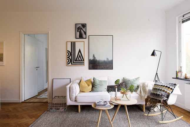 small space living | SMALL SPACES | Pinterest | Premier appartement ...