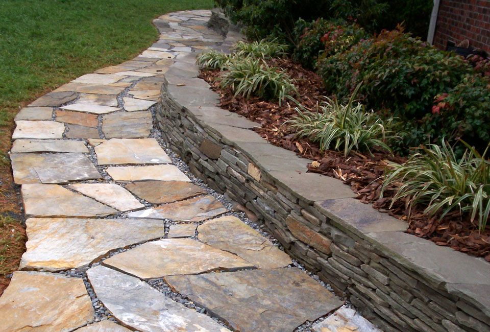 Enchanting Small Garden Landscape Ideas With Stepping Walk: 'Mojave' Flagstone Walkway W/ 'Colonial Gray' Thin Veneer