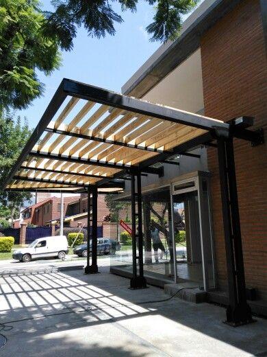 Pergola en voladizo detalles arquitectonicos outdoor for Pergolas metalicas jardin