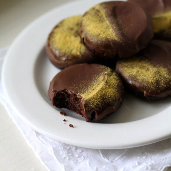 Flourless Chocolate Peanut Butter Cookies: these dense ...